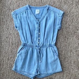 GAP Toddler Denim Romper! ❤️